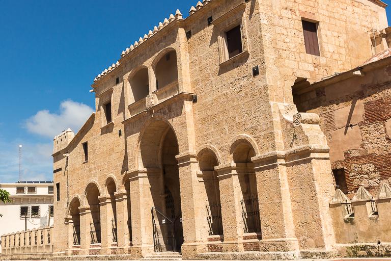 Santo Domingo Ausflug | Älteste Kathedrale Amerikas