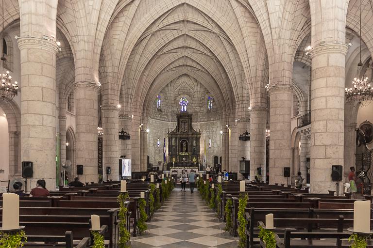 Santo Domingo Ausflug | Basilica Cathedral of Santa Maria la Menor - Innenansicht