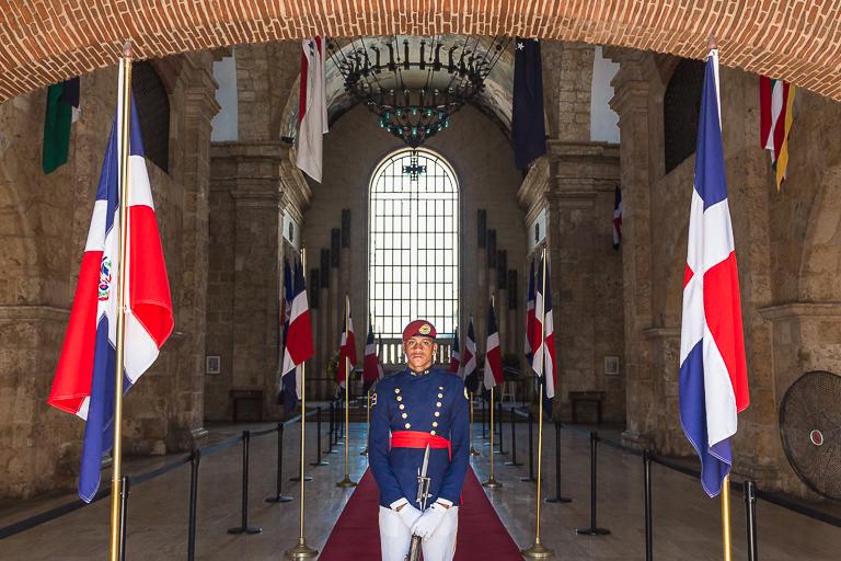 Santo Domingo Ausflug | Pantheon Nacional - Soldat